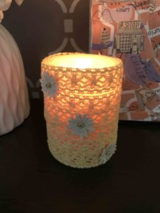 how to decorate a candle at home